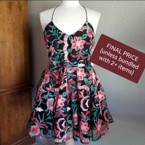(FINAL $) Frilly Floral Embroidery Summer Dress